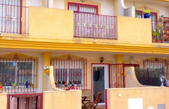 Townhouse For Sale within walking distance from La Zenia Boulevard