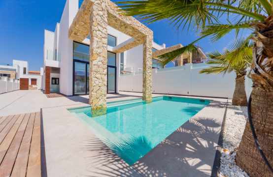 Luxury 4 Bedroom Villas in Torre Del Moro, Alicante