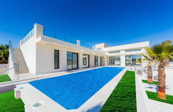 New Build Villa 4 Bedroom 4 Bathroom in Los Balcones, Torrevieja