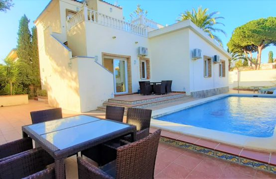 5 Bedroom Villa for Sale 200 m from Cabo Roig Beach