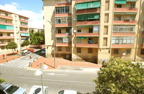 Fully Renovated Three bedroom apartment in Virgen del Remedio, Alicante