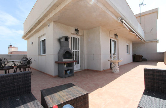 Penthouse with a fantastic view in Torrevieja