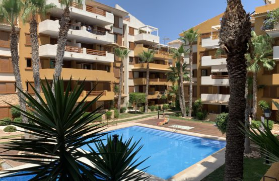 Apartment for sale in Punta Prima, 2 minutes walk from the sea